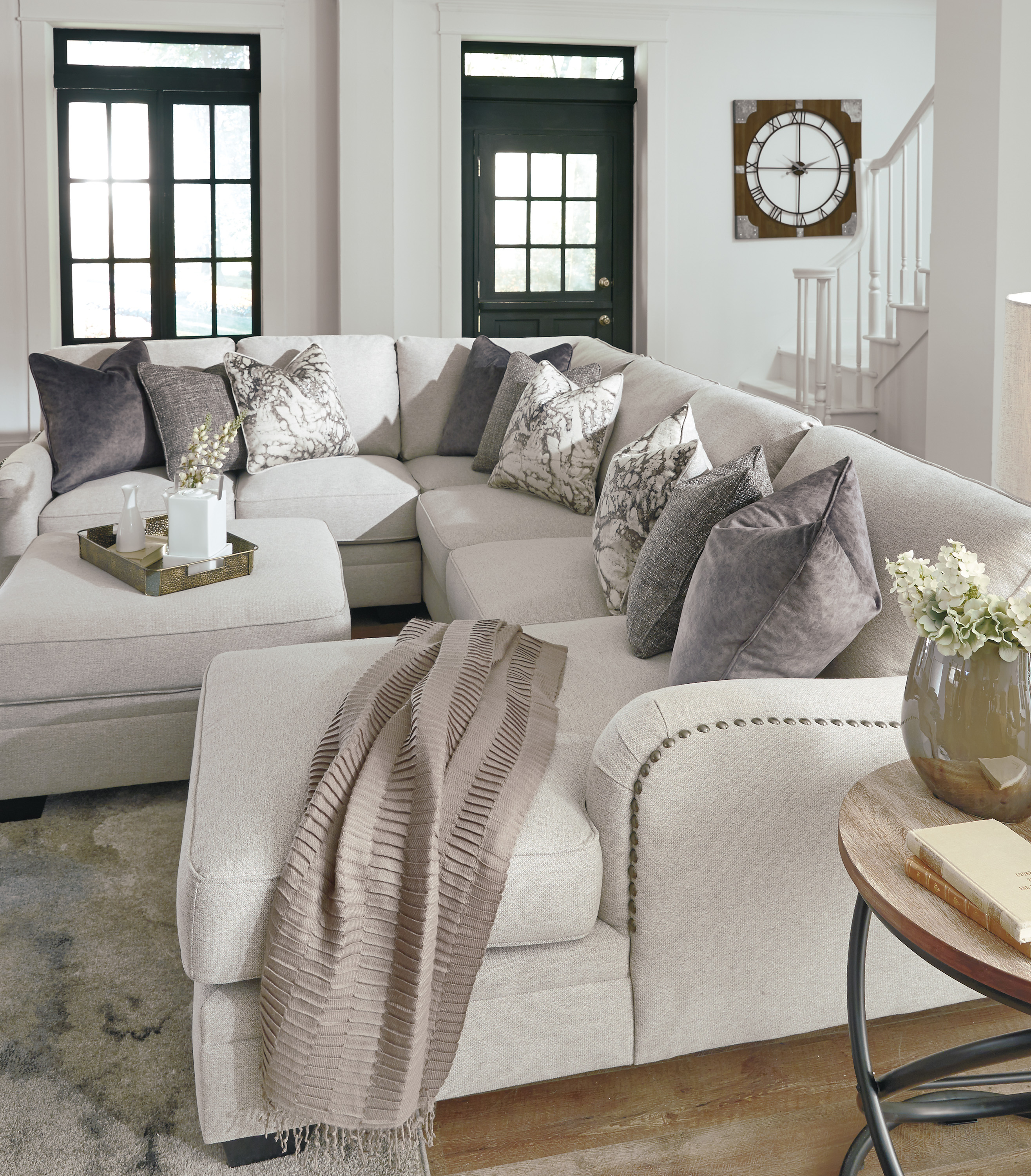 Dellara Casual Stationary Sectional Sofas And Sectionals