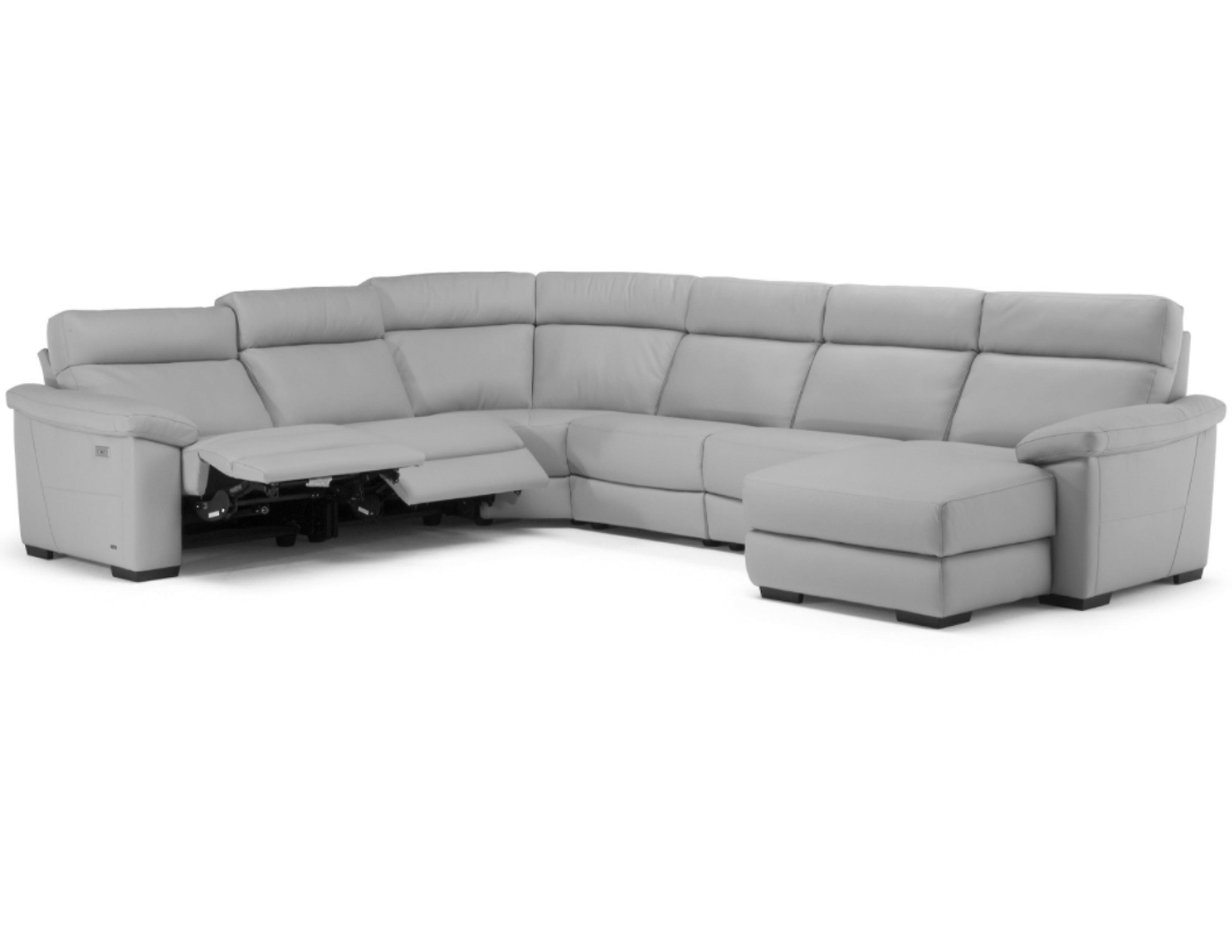 Picture of: Estremo C126 Fabric Power Headrest Power Sofas And Sectionals