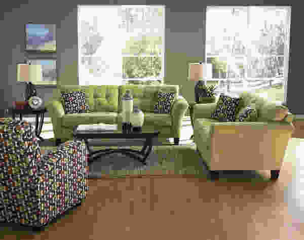 Halle 4381 Sofa Collection