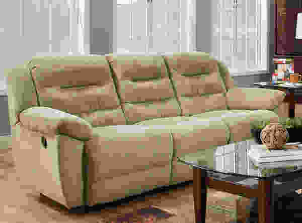 706 Carver Reclining Sofa Collection