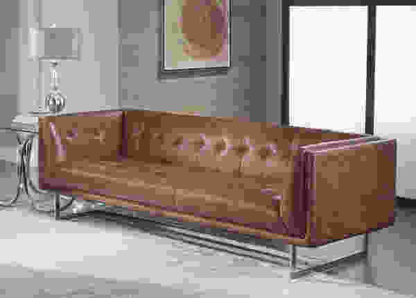 Teague 1440 Leather Sofa in Vintage Cognac