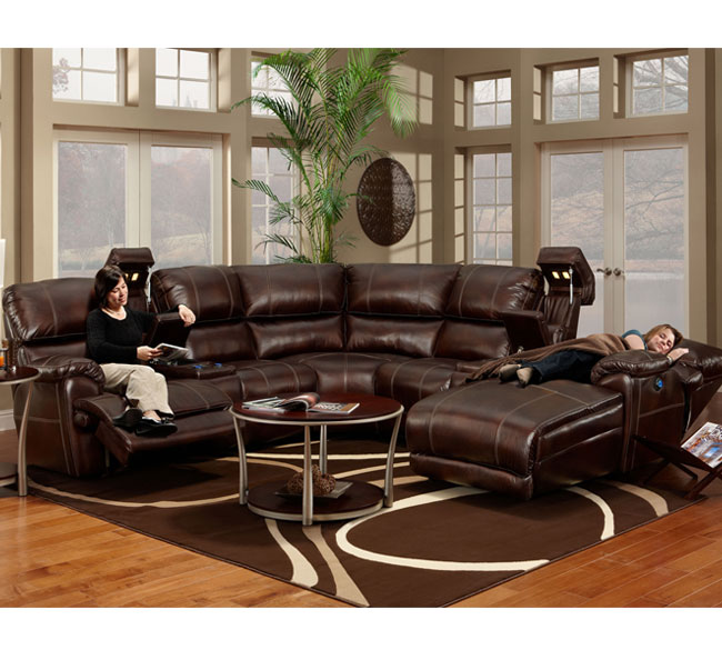 Presley 572 Reclining Sectional in Chocolate