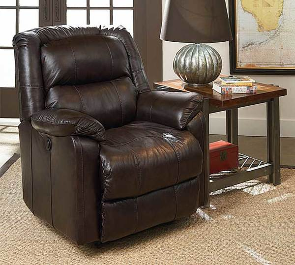 Fulton 411 Sofas And Sectionals