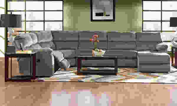Odessa 14503 Reclining Sectional