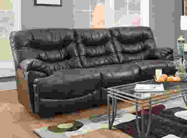 Touchdown 765 Reclining Sofa Collection