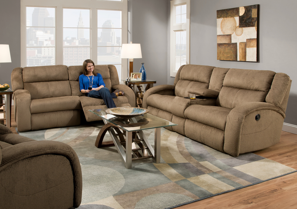 Southern Motion Maverick 550 Reclining Sofa Collection