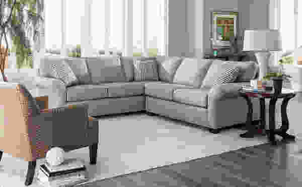 Ethan 6628 Sectional         Customize - 350 Fabrics