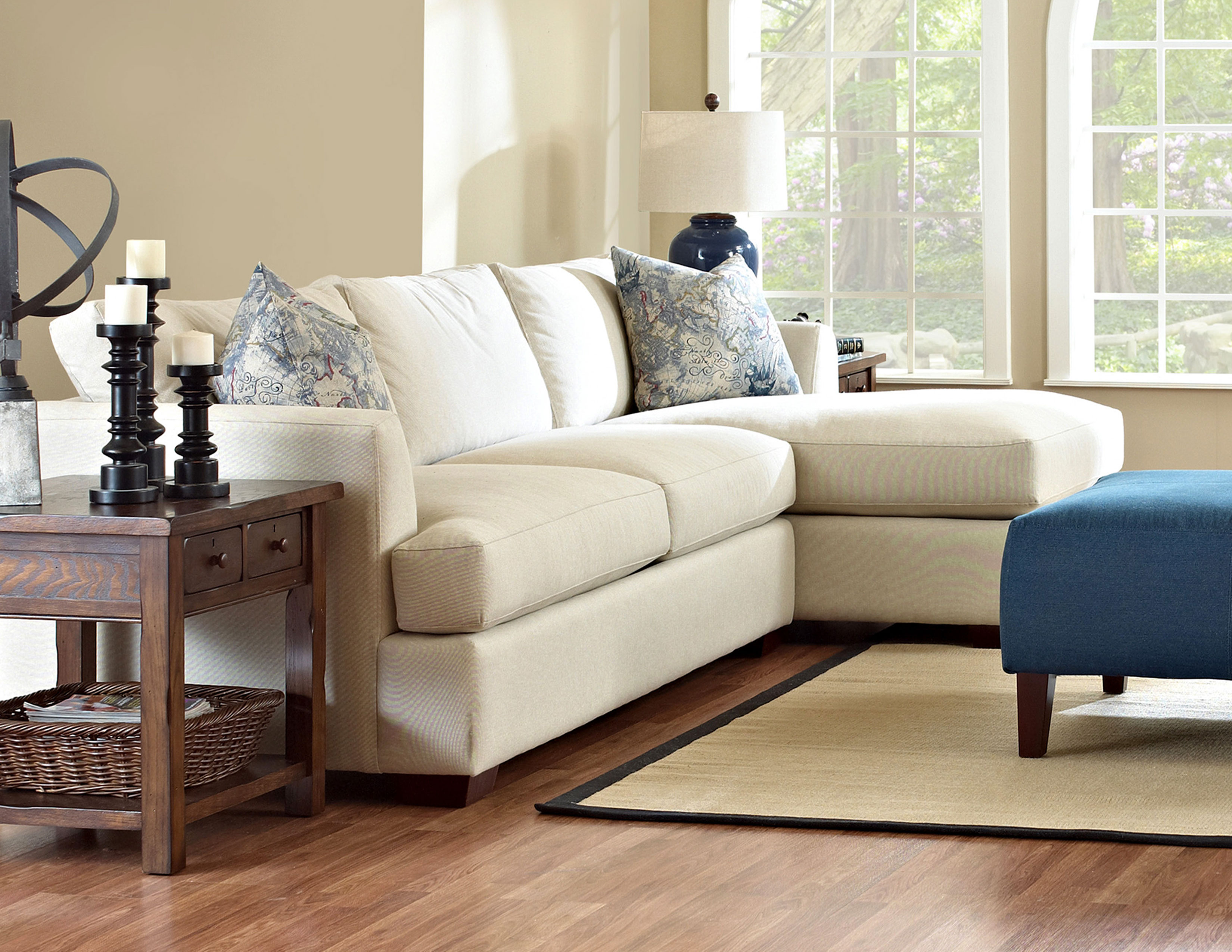 Bentley D92200 Sectional Hundreds Of